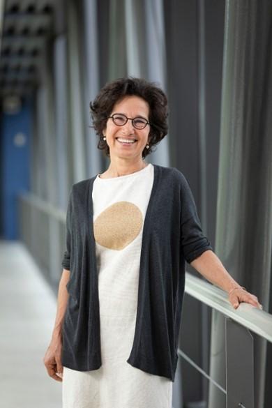 Spinozapremie for Prof.dr. Maria Yazdanbakshs (LUMC)